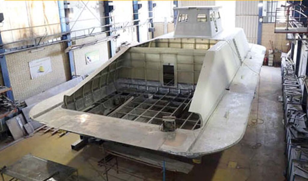 هواناو (هاورکرافت) پیروزان نیروی دریایی ارتش ساخت سازمان صنایع دریایی وزارت دفاع