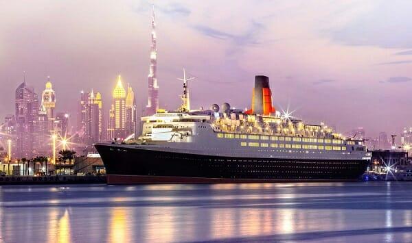 Queen Elizabeth 2 ship-کشتی کوئین الیزابت 2 در دبی